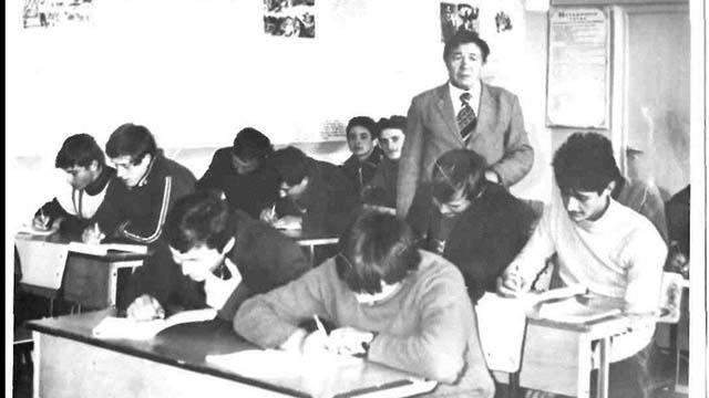 учні на уроці училища